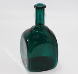 alte-Gruenglas-Vase-J762
