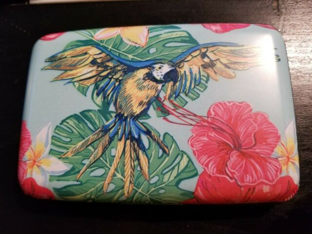 Armored Wallet Parrot Design  Protects Credit Cards from RFID Identity Theft