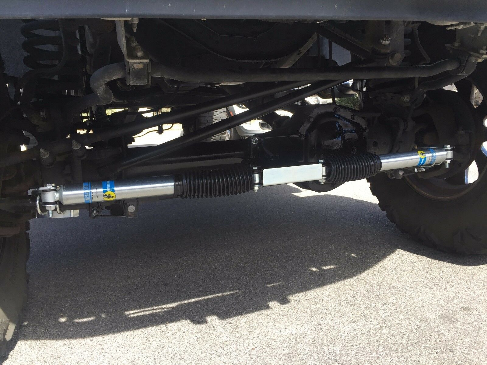 BILSTEIN 2005-2017 Dual Steering Stabilizer for Ford F250/F350