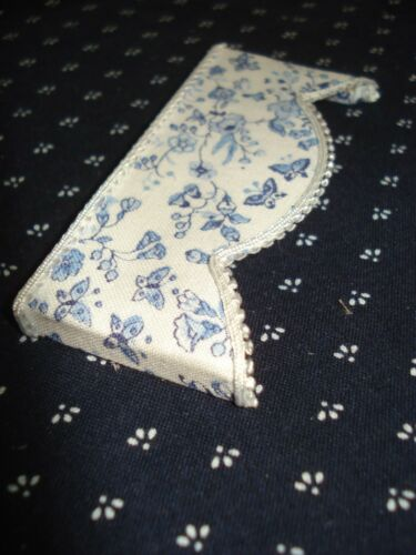 "3 /"" W x 1 1//4 /"" L Blue and White Valance Dollhouse Curtains"