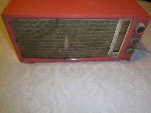 Vintage Silvertone model 7012 tube type am radio 1957 Sears and Roebuck