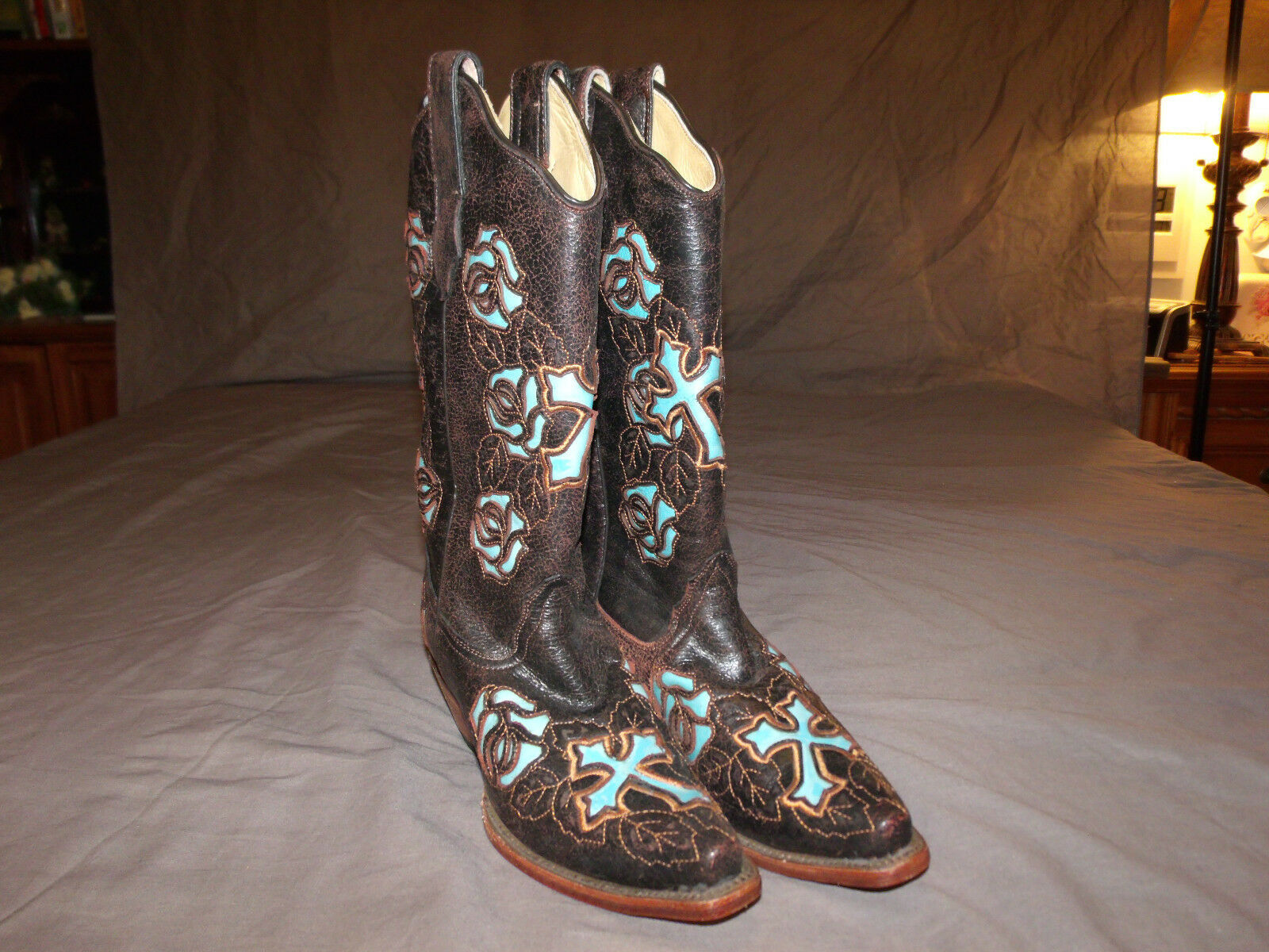 Corral R2482 Cowgirl Boots Boots Boots size 8.5 Brown Turquoise Cross Leather Western Rodeo ff256f