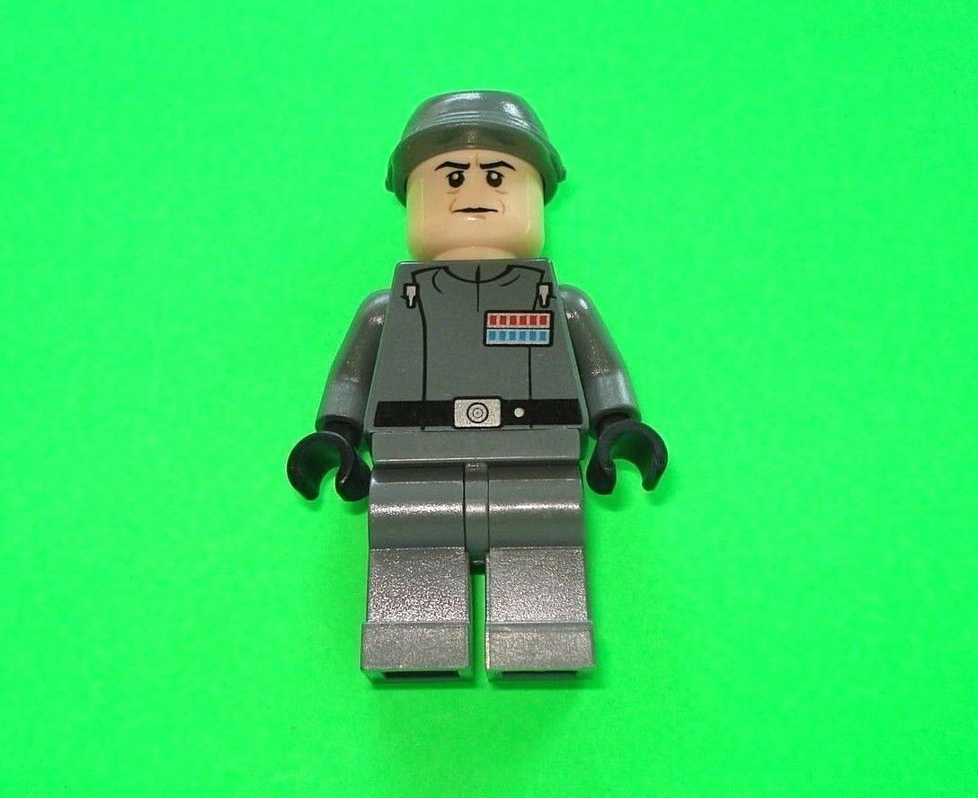 Lego star wars personnage   Amiral Firmus PIETT de set 10221 NEUF-NEW    TOP