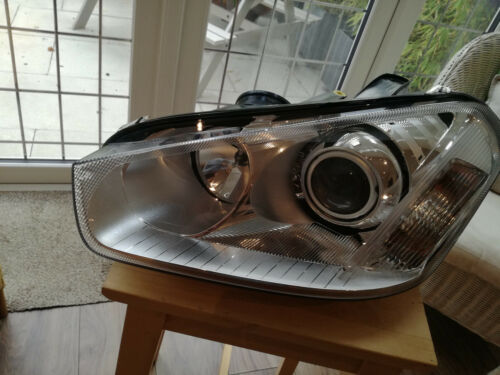 FORD FOCUS C-MAX 2007-2010  HEADLAMP LEFT SIDE PASSENGER SIDE HELLA//FORD NEW