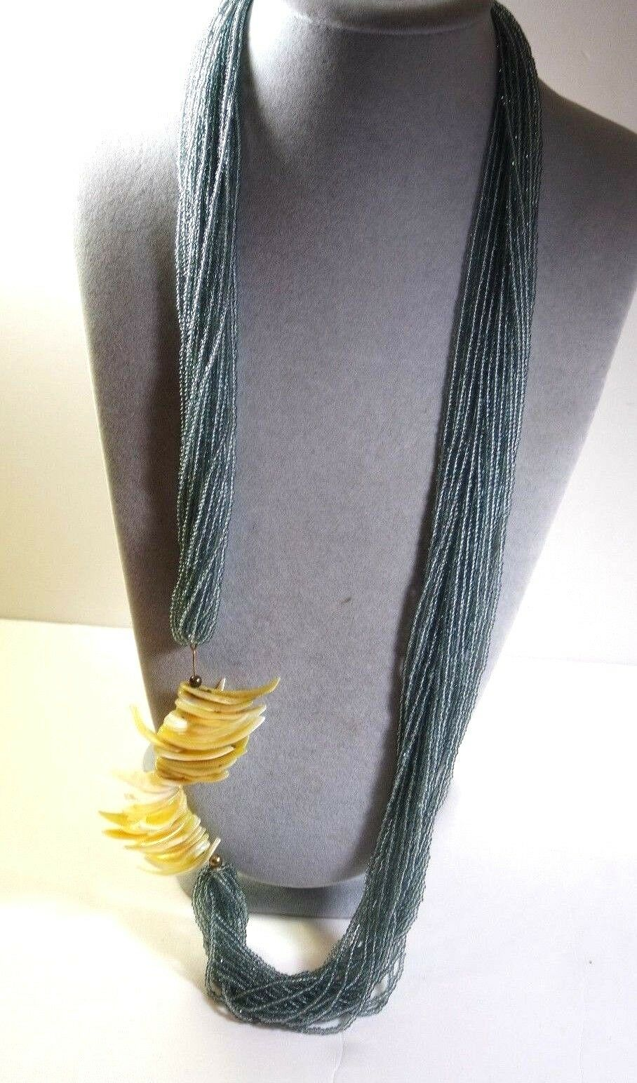 Vintage Art Deco Style Silver Tone Celluloid Beaded Etched Dimensional Necklace Jewelry    K#8