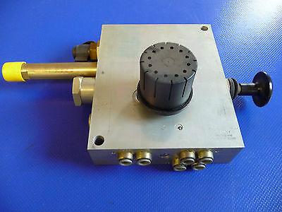 Grau 352032030 →  ILAS VENTIL- integriertes Liftachssytem  - Grau 352 032 030