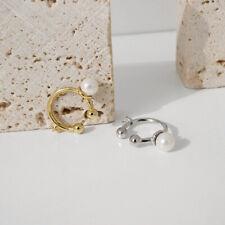 Ohrring Ear Cuff Modeschmuck mit Struktur in Silberfarben