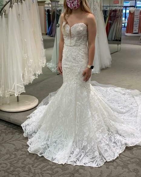 NWT Galina Signature Designer Wedding Dress size 2 Ivory Beads Cathedral Mermaid