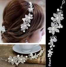 Accessoire mariage, bijou de cheveux  orné de strass et de perles blanches