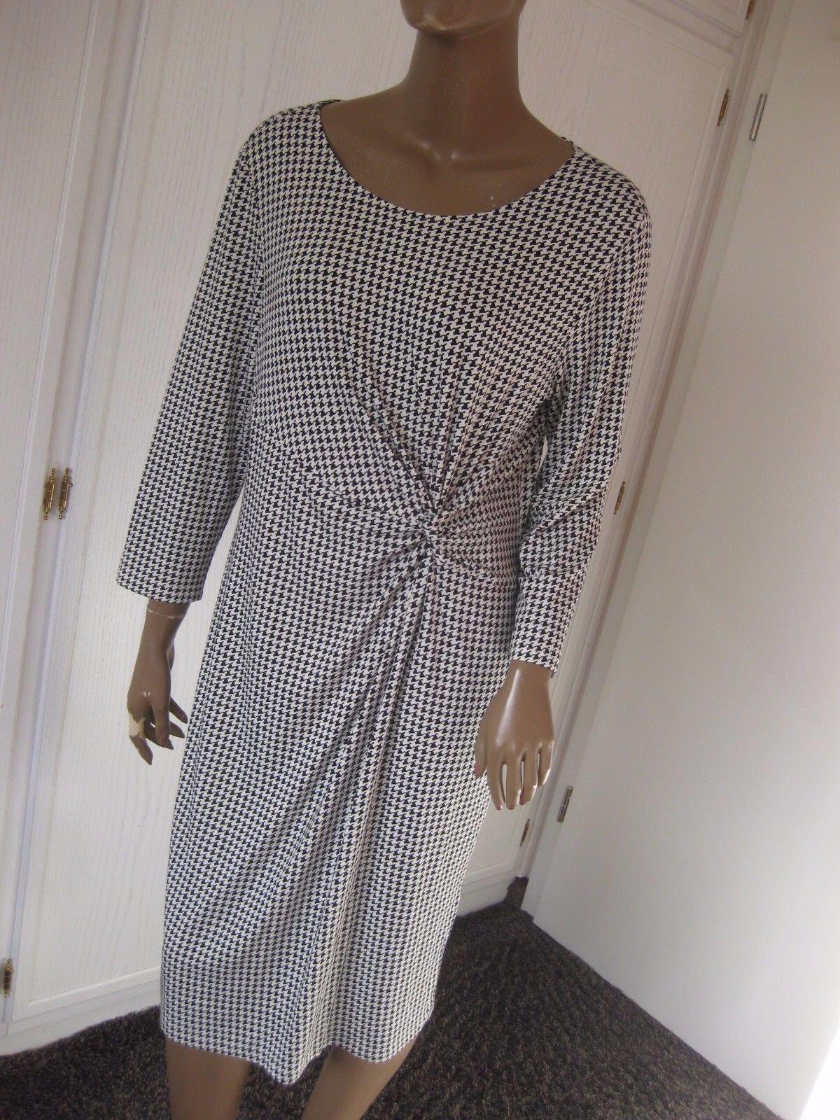 Peter Hahn zauberhaftes Kleid Gr.46 schwarz weiß   NEU