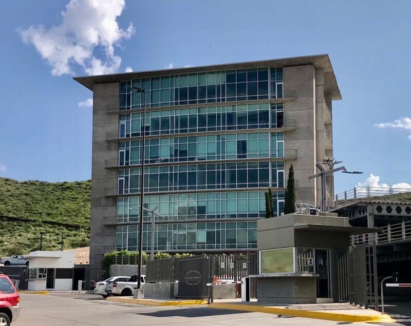 Oficina renta venta Punto Alto IV Chihuahua.