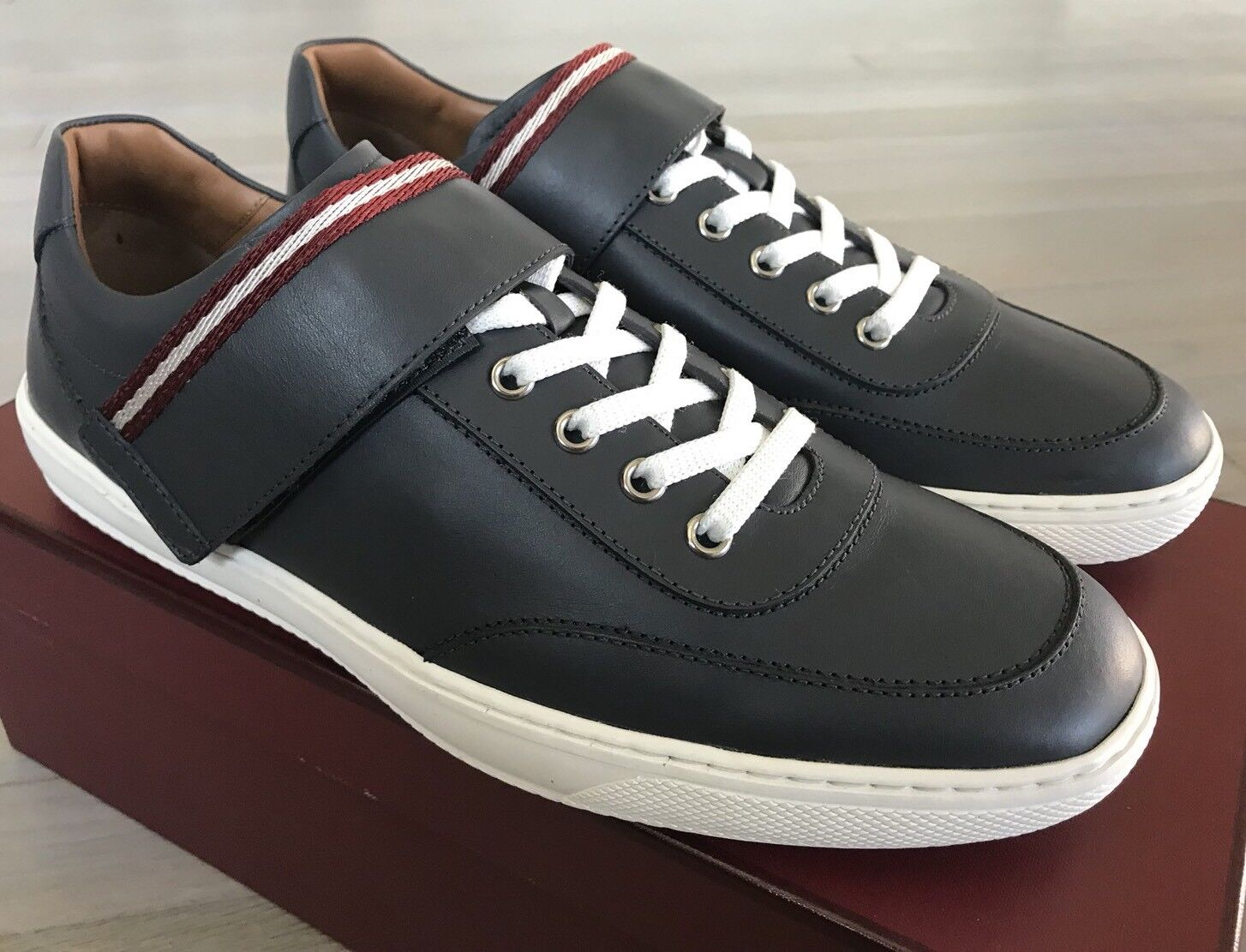 550 Bally Oasys Gray Leather Sneakers size US 11
