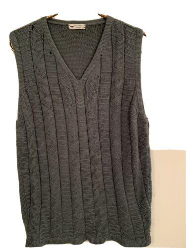 Inis Meain Mens Baby Alpaca V-Neck Sweater Vest Ma