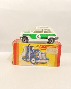 Vintage Matchbox Lesney Superfast NO.21 Renault 5TL coche muy bien 1978 820 En Caja