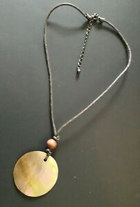 SHELL-Pendant-on-Brown-Cord-Necklace-Costume-Jewellery
