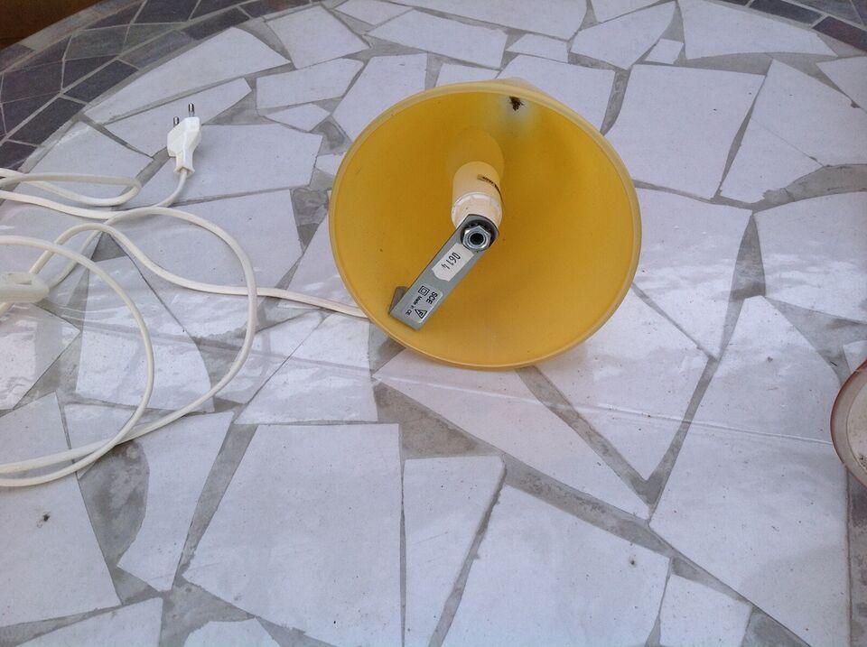 Væglampe, Herstal