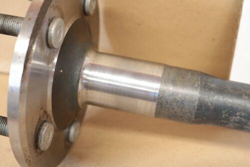 Left Hand Rear Axle Shaft Ford 8.8 30.68 Length Explorer 95-05 Mountaineer 97-05