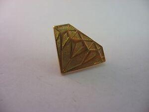 Beautiful-Gold-Tone-DIAMOND-Design-Pin