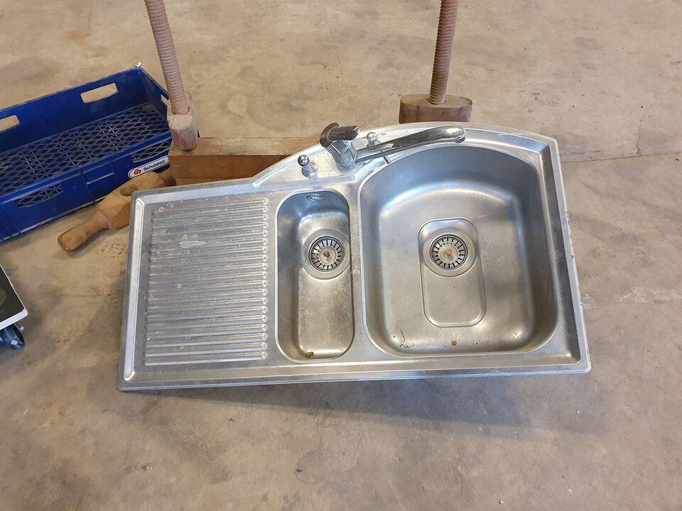 Nedfældet stål køkkenvask, Stål
