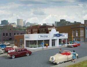 Walthers-Cornerstone-HO-Scale-Building-Structure-Kit-Vintage-Ford-Auto-Dealer