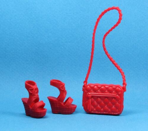 Barbie Red Low Heel Sandals Shoes Textured Purse for Fashionistas CURVY TALL