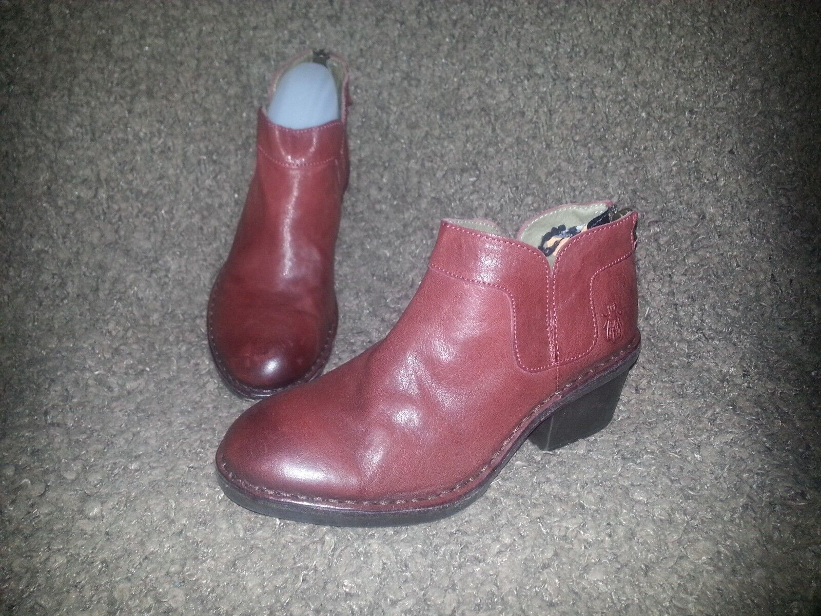 FLY LONDON-Dias Nevada Burgundy ROT Leder Back Zip Ankle Stiefel-SZ 37-NEW