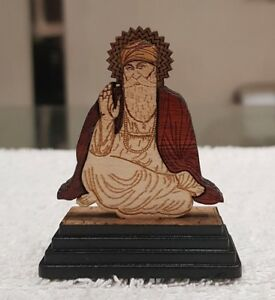 Sikh-Guru-Nanak-Dev-Ji-Wood-Carved-Photo-Portrait-Sikh-Desktop-Stand-C1