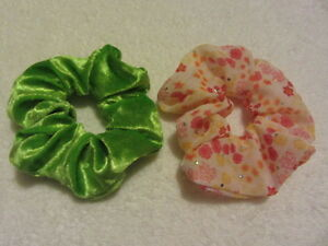 2-Pack-Pair-of-Hair-Scrunchies-Green-Crushed-Velvet-Pretty-Floral-Synthetic