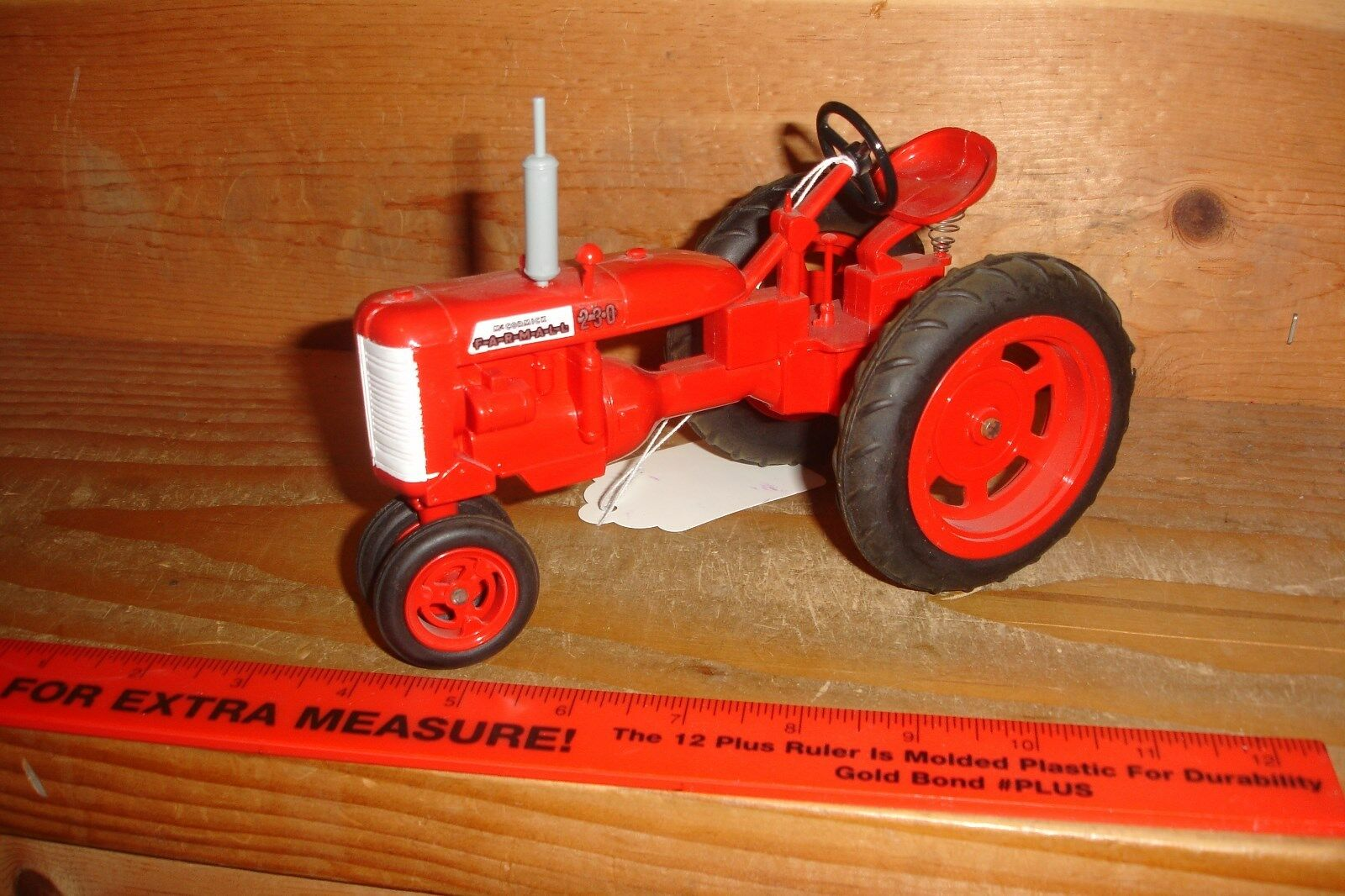 1 16 Farmall 200 toy tractor - Florida Show Classic
