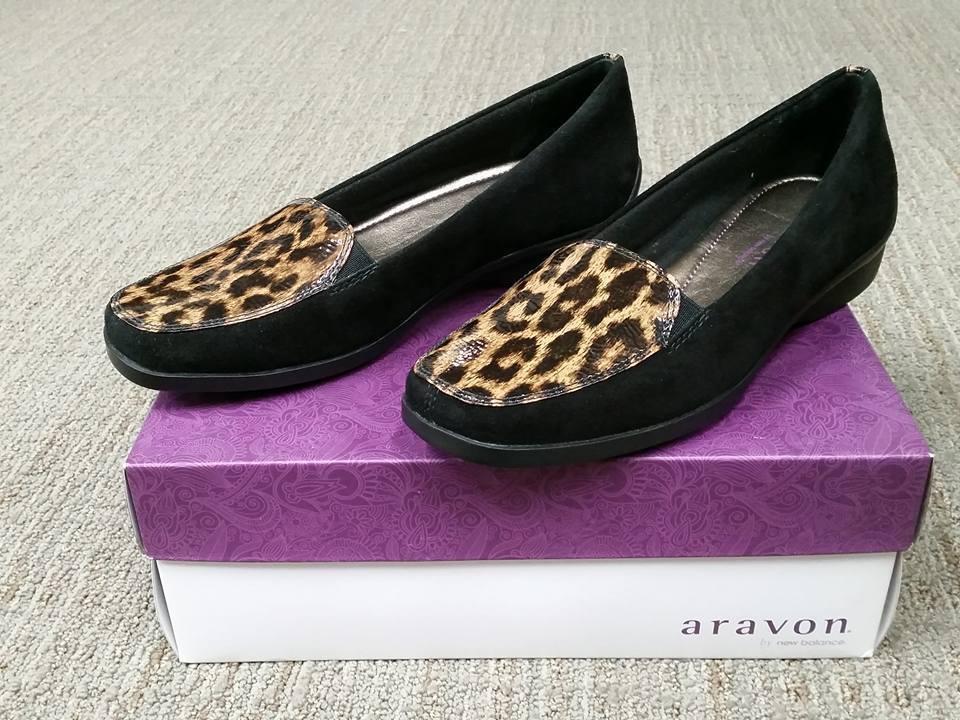 NIB Aravon AAA02BKS Wendy Dress Black Cheetah Print Flat Size 7