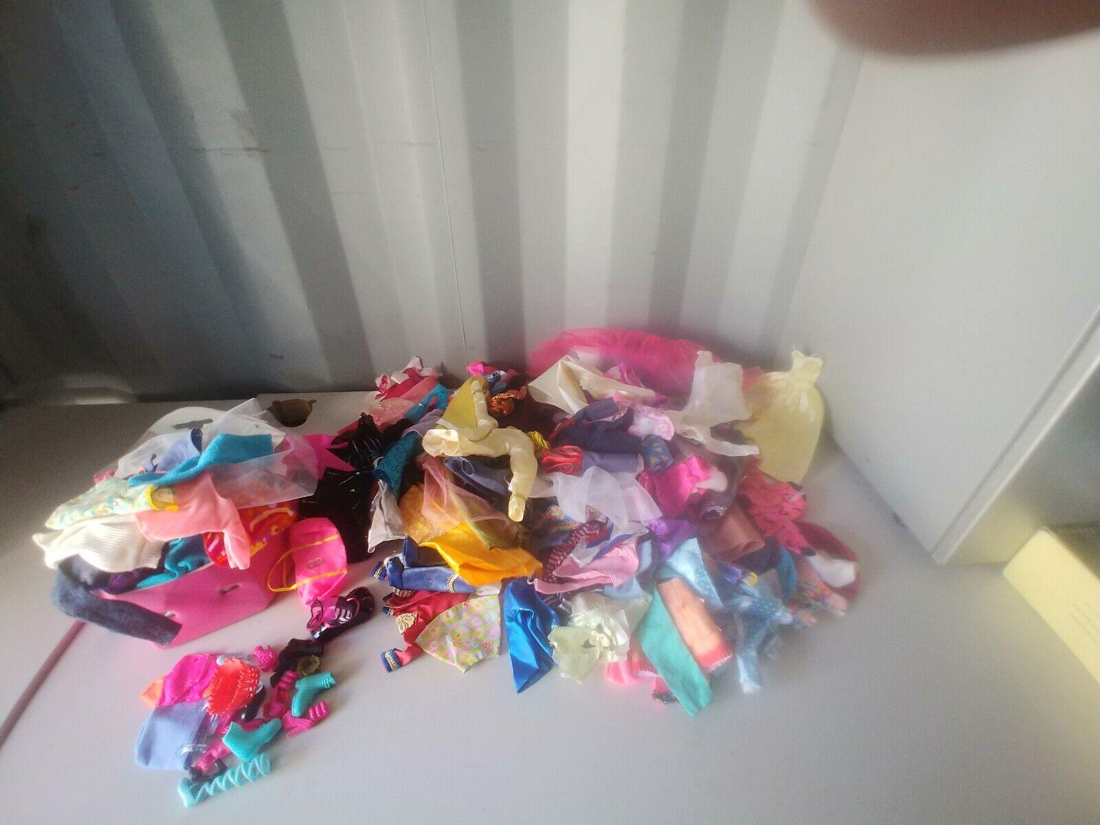 Enorme Lote de ropa de muñeca, zapatos y accesorios se adapta a 140 Plus