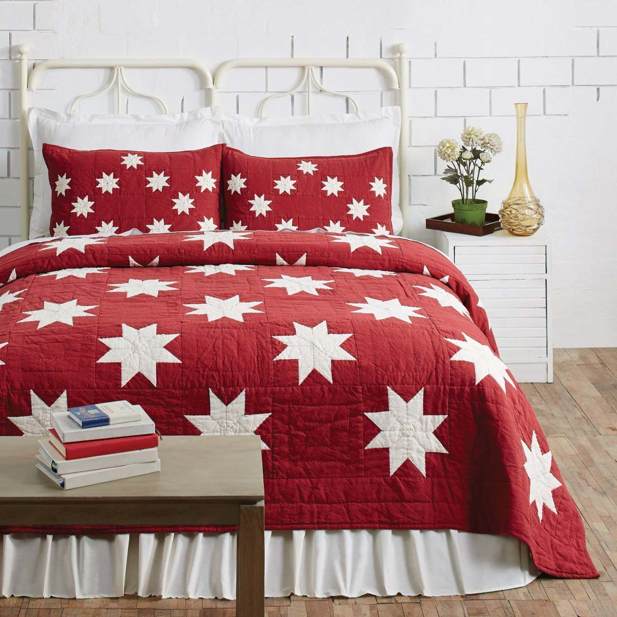 KENT Twin QUILT   COUNTRY CABIN rot CHRISTMAS STAR CREAM PATCH