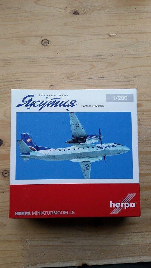 Herpa 558839 558839 558839 - 1 200 Antonov An-24Rv - Yakutia Airlines - Neu  | Bequeme Berührung  cc7bbf