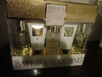 Baylis & Harding England Sweet Mandarin And Grapefruit 5 Piece Gift Set