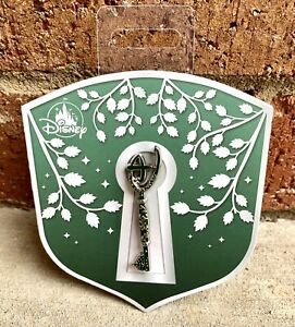 Disney Store Opening Ceremony Key Pin Limited Edition NEW