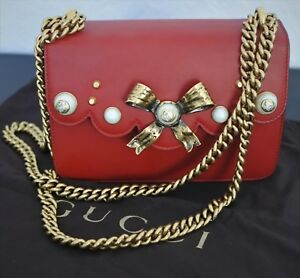 aaf1d59d2 Gucci Bow   Pearl Red Leather Shoulder Bag Crossbody Antiqued Gold ...
