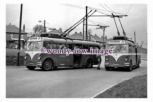 gw0106-Mexborough-amp-Swinton-Trolleybus-no-28-amp-35-at-Woodman-photograph-6x4