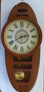 LARGE COUNTRY STYLE WOODEN FRAMED CLOCK 59cm High  Face  25cm PENDULUM BATTERY