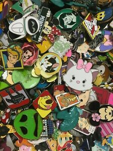 40 Random Disney Character Trading Pin Lot Princesses Goofy Minnie Pluto Ariel Figment Rapunzel Toy Story /& More No Duplicates Fast Shipping