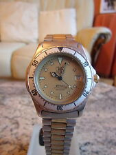 Vintage Mens  Tag Heuer 2000 Series MID SIZE  Watch Genuine 974.013