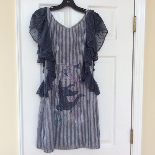 Save the Queen tunic size large