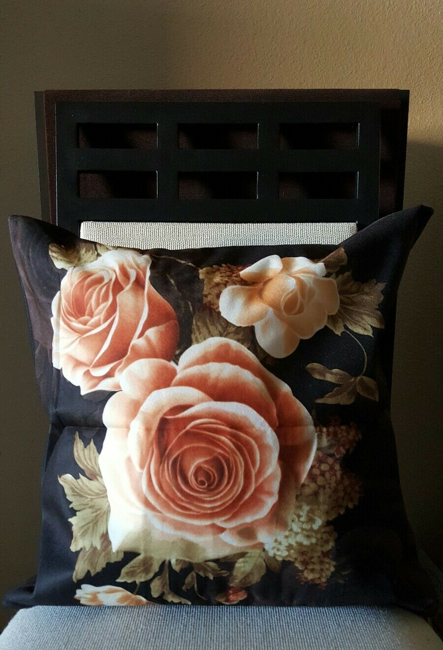 "Beautiful Chocolate Cottage Shabby Chic Roses Throw Pillow Cover 18/"" US Seller"