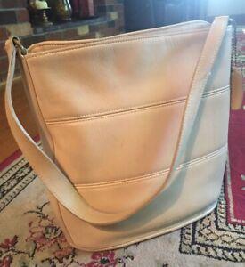 Details About Las Vintage Coach Leather Ny Tribeca Bucket Bag High End Designer Purse 9083