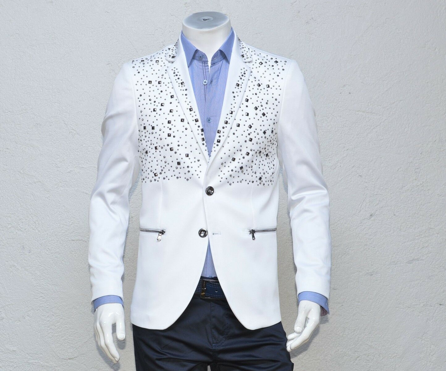 Mondo Exclusive Men Fashion luxury Fitted Blazer two Buttons Hand Studded White