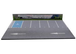 Diorama-Parking-de-supermarche-1-43eme-43-2-AB-F-001