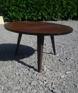 table-basse-tripode-ronde-annee-60-vintage