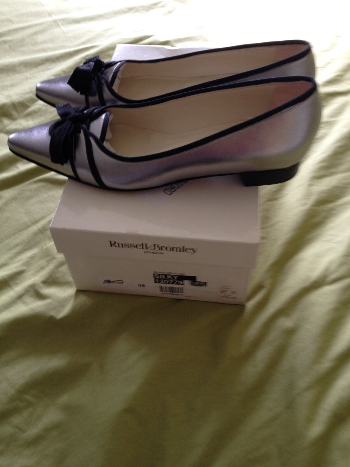 RUSSELL SILVER AND BROMLEY LADIES SILVER RUSSELL Schuhe-NEW 919be9