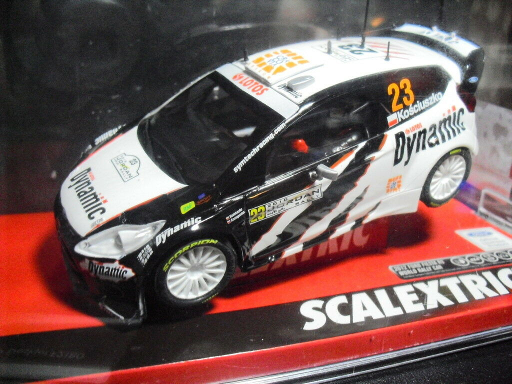 SCX Ref. A10113S300 FORD PARTY RS WRC DYNAMICS 1 32 NEW NEW