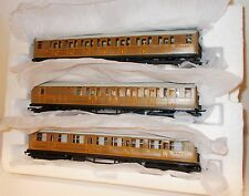 Hornby - LNER Gresley Teak Coaches x 3 (Ex Set) New in Polystyrene Tray - (00)