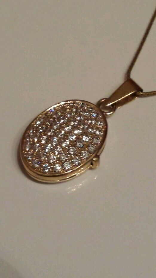 Splendido 9ct oro oro oro Giallo Pave Pietre incastonate Medaglione su catena 18 . nella casella Nuovo di zecca. 13230d